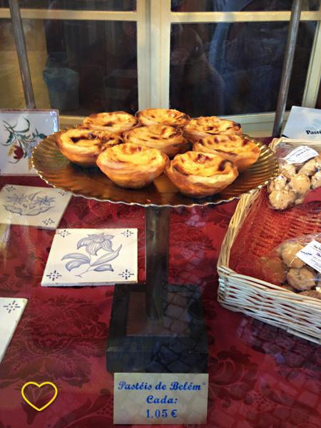 Foto dos pasteis de Belém.