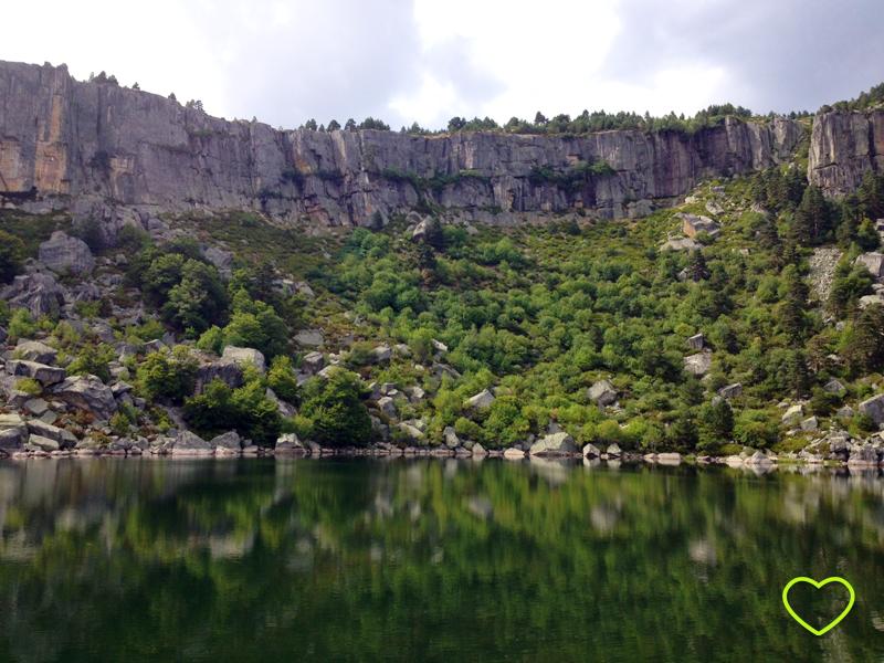 Imagem da Laguna Negra.