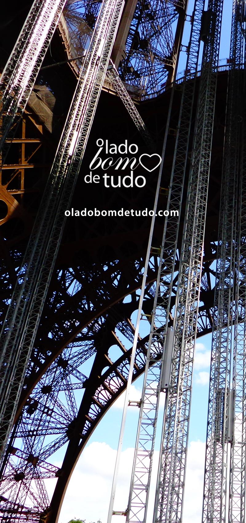 Detalhe da Torre Eiffel.